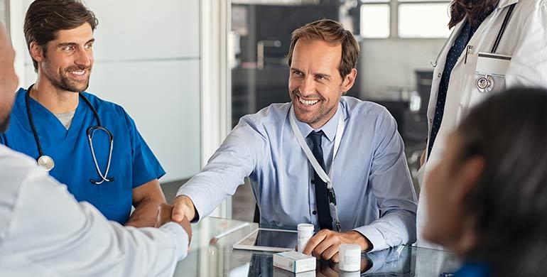 CESIF lanza el máster online en gestión de clínicas médicas y consultas privadas