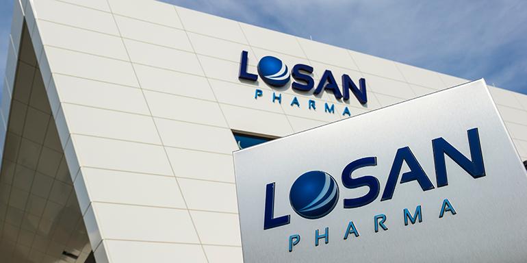 Losan Pharma, Domino, etiquetado