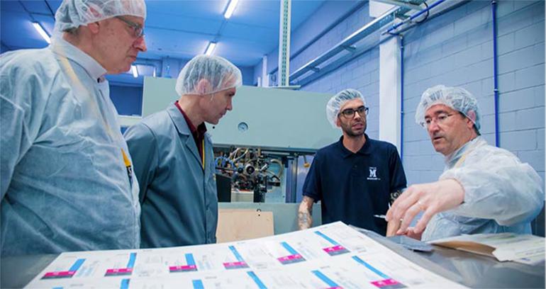 Merck homologa la nueva impresora para prospectos farmacéuticos de gran formato del Grup Maculart