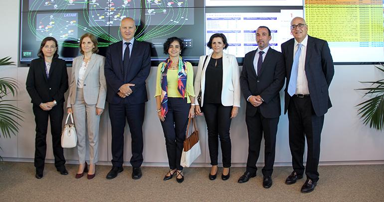 La directora general de Farmacia visita el centro de excelencia informática de Roche