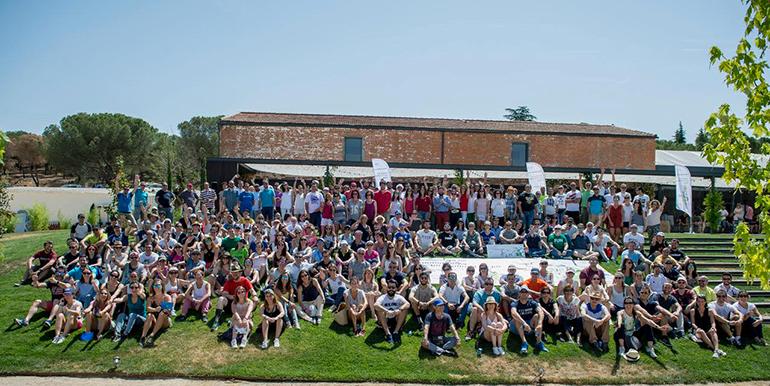 Los empleados de Roche Farma colaboran en la XIV Marcha Solidaria
