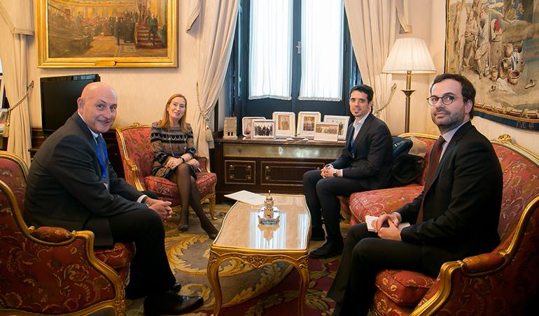 ASEBIO presenta el sector biotecnológico a la presidenta del Congreso de los Diputados