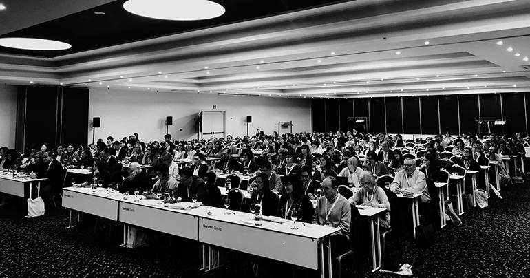 Segundo día del 39 symposium de aefi