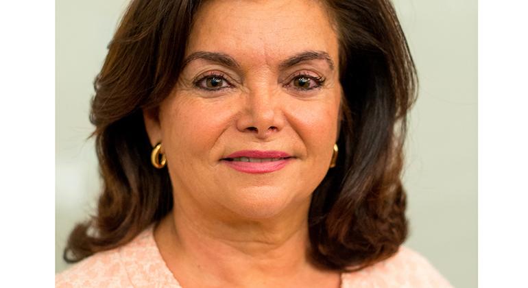 Cofares ficha a Carmen Peña