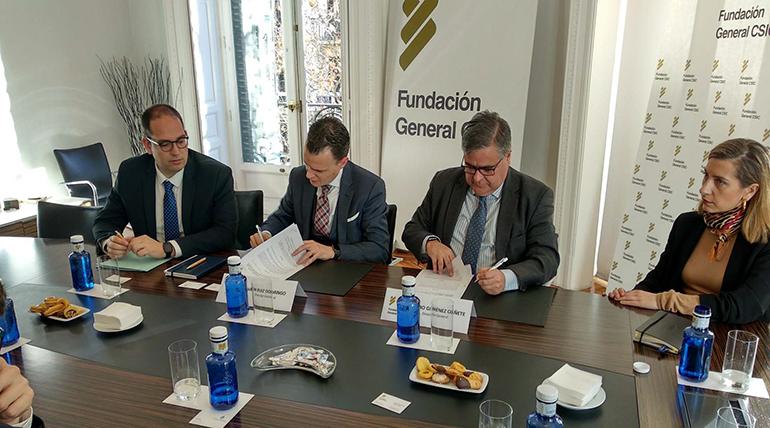 Acuerdo entre el CSIC y la consultora F. Iniciativas para incentivar la investigación