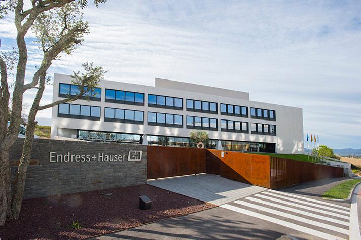Endress+Hauser España inaugura su nueva sede y celebra el 25 aniversario de su Centro de Ventas