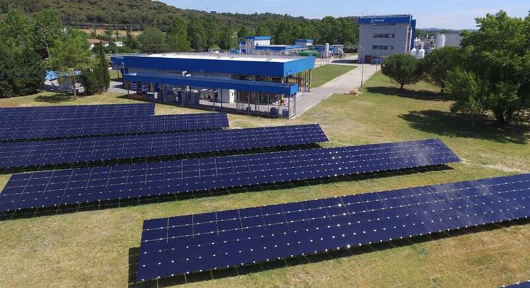 Instalación de placas fotovoltaicas Almirall