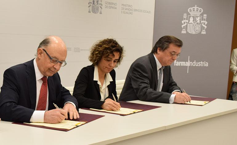 Renovación del convenio entre industria y Gobierno para mantener la sostenibilidad del SNS y el acceso a la innovación