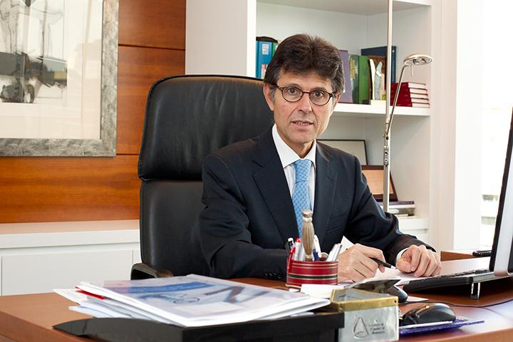 Entrevista a Humberto Arnés, director general de Farmaindustria